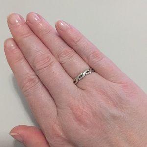 James Avery Jewelry - Retiring James Avery Twisted Wire Ring - sz 7.5